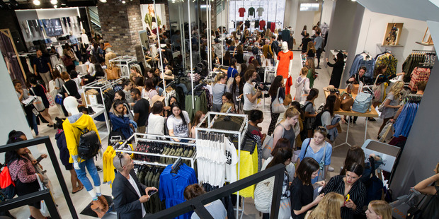 fast-fashion-top-shop-opening-aukland-new-zealand