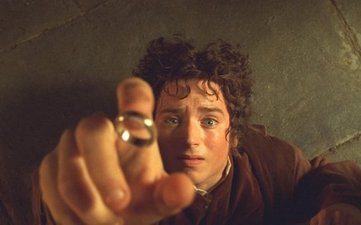 frodo-baggins-the-lord-of-the-rings-the-lord-of-the-rings-the-fellowship-of-the-ring-one-ring
