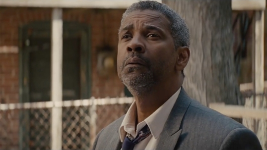 denzel_washington_fences_still_h_2016