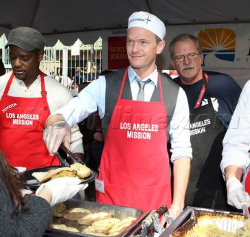 Neil Patrick Harris at the Los Angeles Mission
