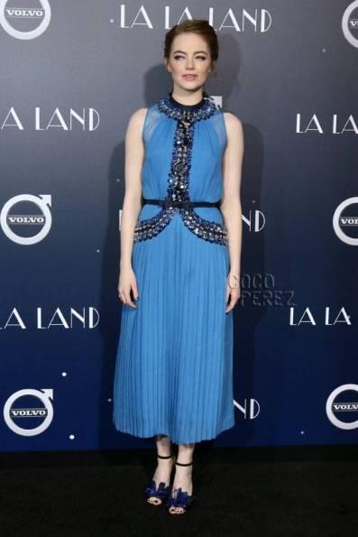 emma-stone-blue-dress__opt